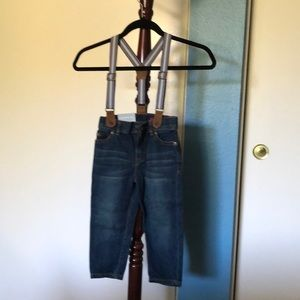 New with tag Boys Carter 3T jeans with suspenders
